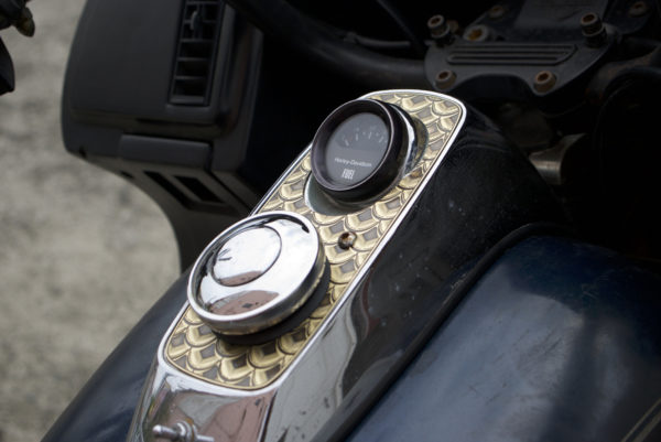 Brass Tank Dash Cover for Harley-Davidson FXR