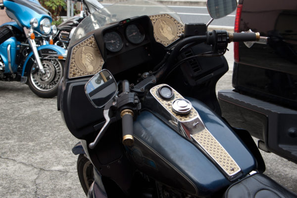 Harley-Davidson FXRD with aluminum speaker cover with brass plate